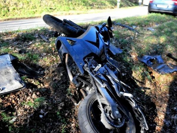 Le motard circulait en direction du tarn et a heurte la 540502 800x600